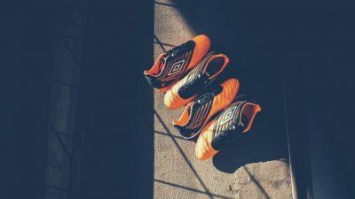 oranje voetbalschoenen